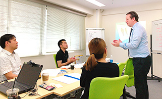Training to develop skills for meetings in an international setting